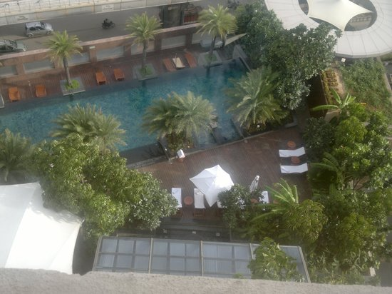 Hyatt Bangalore MG Road: Pool view