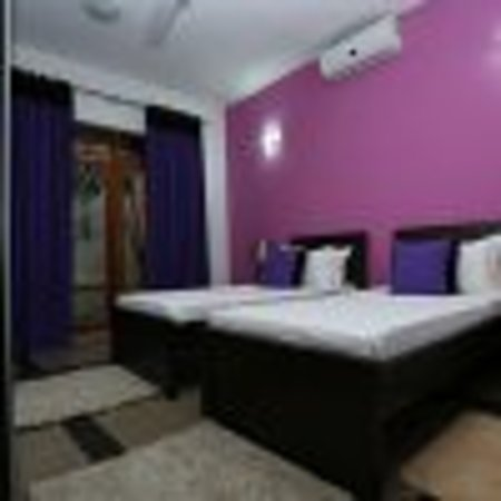 Amali Residence: Guest room
