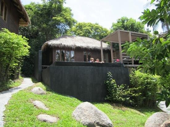 Haadtien Beach Resort: pool villa