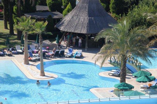 Alva Donna Beach Resort Comfort: unterer Pool