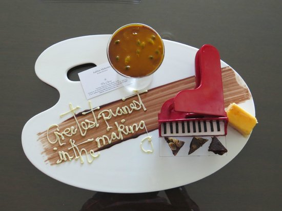 The Oberoi, Mumbai : Personalized dessert for our son!