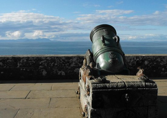 Culzean Castle : Views over to Arran
