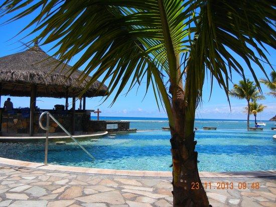 "Le Meridien Ile Maurice: la piscine du ""Nirvana"""