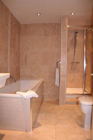 Advocate Arms Hotel: Example en-suite