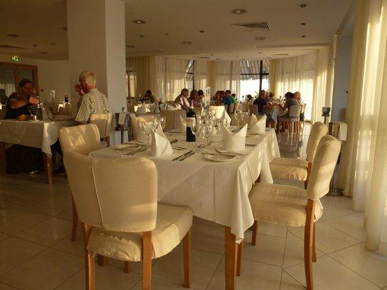 Calypso Hotel: Dining Room