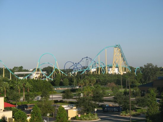 Fairfield Inn & Suites Orlando at SeaWorld®: Vista da janela do quarto
