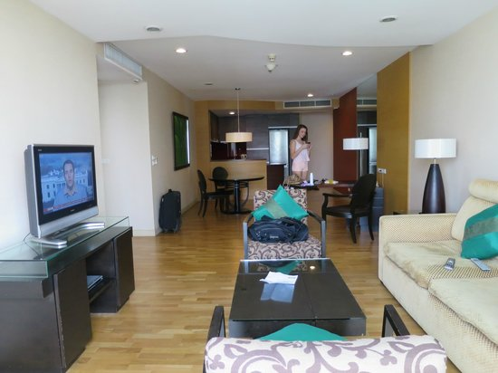Urbana Sathorn: Room