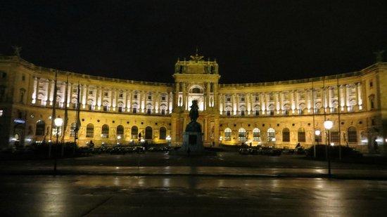 Pension Aviano: Hofburg