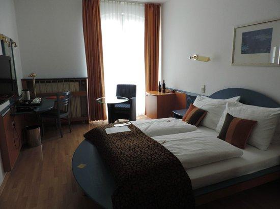 Hotel Nestroy: Notre chambre