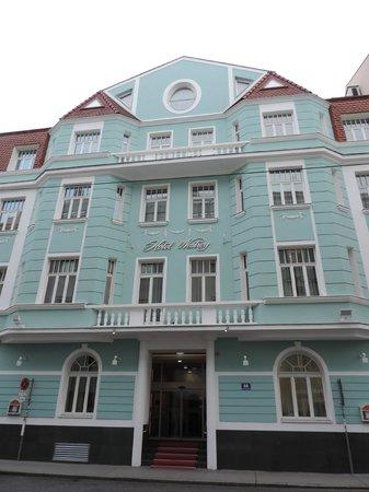 Hotel Nestroy: La façade de l'hôtel