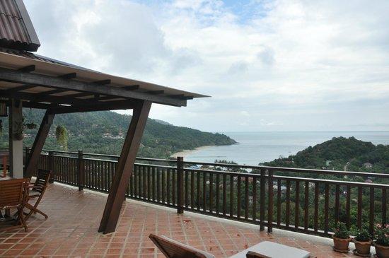 Baan KanTiang See Villa Resort (2 bedroom villas): Balcony view from White Villa