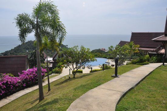 Baan KanTiang See: Vie from the top of the resort