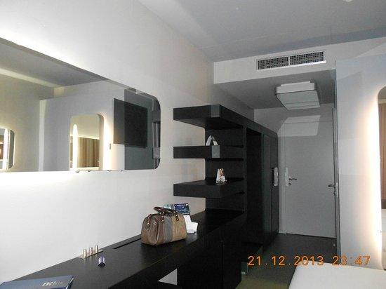 Hotel San Ranieri : lovely modern room