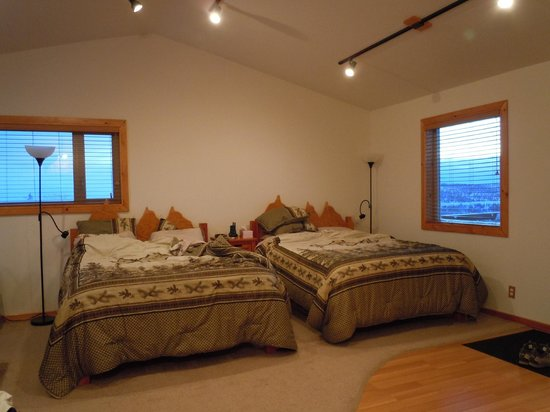 Aurora Borealis Lodge: room