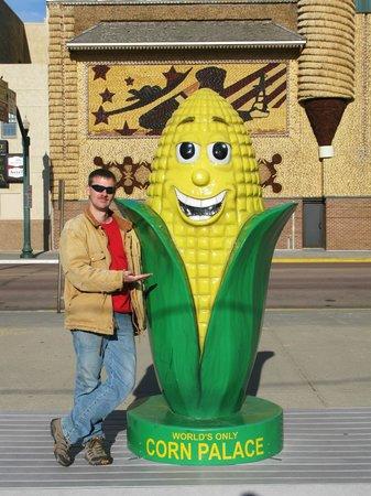 Corn Palace: Big Ear of Corn