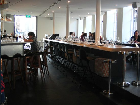 Sir Albert Hotel Amsterdam: Salle du petit déjeuner
