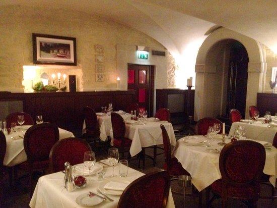 La Boheme: Dining Area