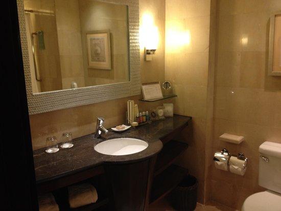 Shangri-La's Mactan Resort & Spa: アメニティはロクシタン