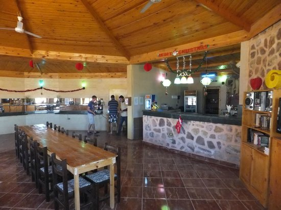 Roots Luxury Camp: Restaurant