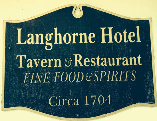 Langhorne Hotel: 18th century charm abounds in this classic building