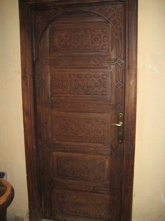 Riad La Bague de Kenza: room door