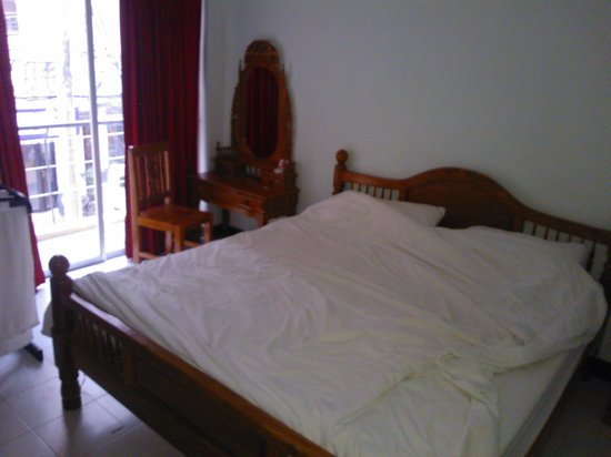 Patong Bay Inn: room2