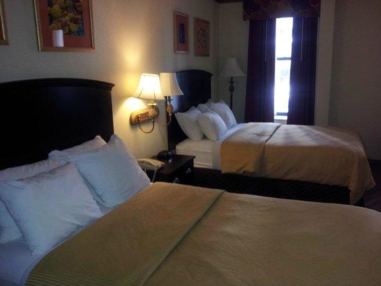 Clarion Hotel Park Avenue : Beds