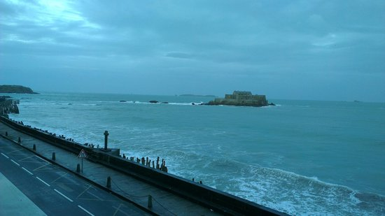Hotel Oceania Saint Malo : View from room