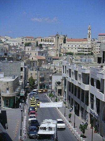 Bethlehem Travel: Bethlehem street