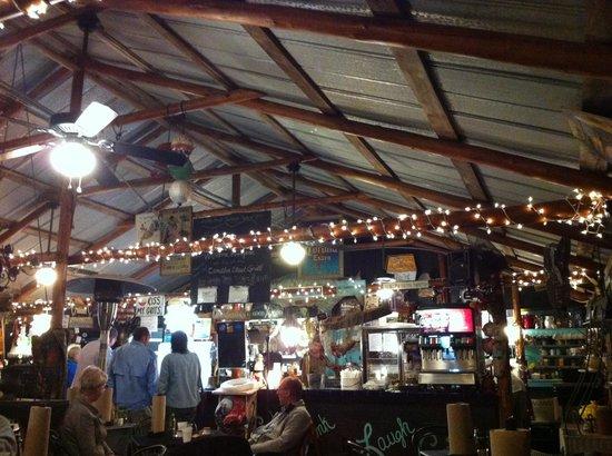 Camellia Street Grill: Interno del locale