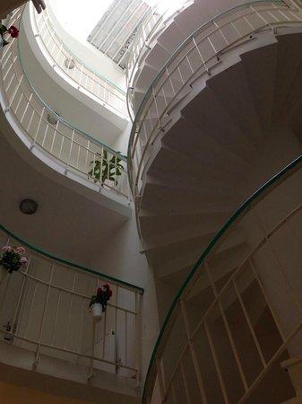 Yazar Hotel: Treppenaufgang