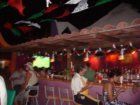 Posada Amor: bar area