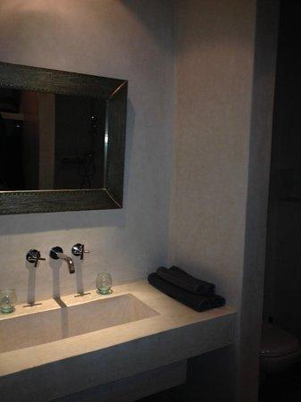 Riad Kasbah 117 Marrakech : Salle de bain