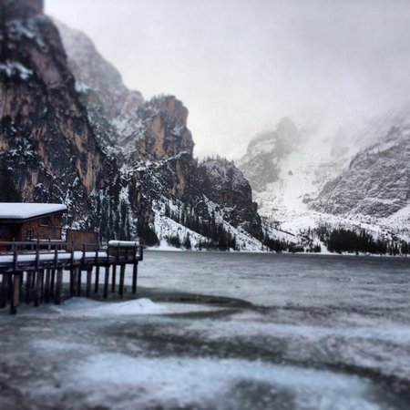 Hotel Edelweiss: Lago di Braies
