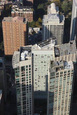 Sofitel Chicago Water Tower: Hotel from John Hancock Center
