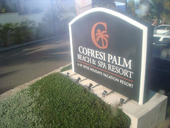Cofresi Palm Beach & Spa Resort: LA ENTRADA