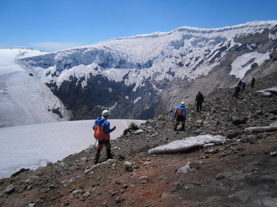 Volcan Villarica: Circundando a cratera