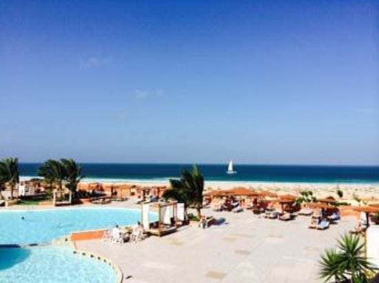Royal Decameron Boa Vista : The view from the pool bar