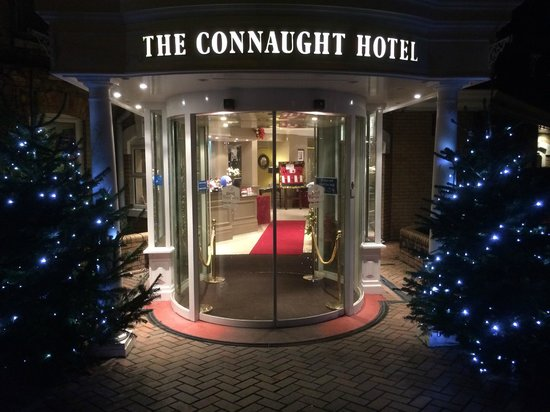 Best Western Plus The Connaught Hotel: Hotel Entrance/reception
