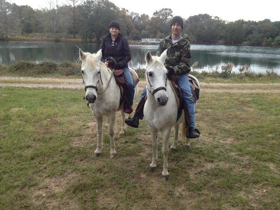 BlissWood Bed and Breakfast Ranch : Riding!