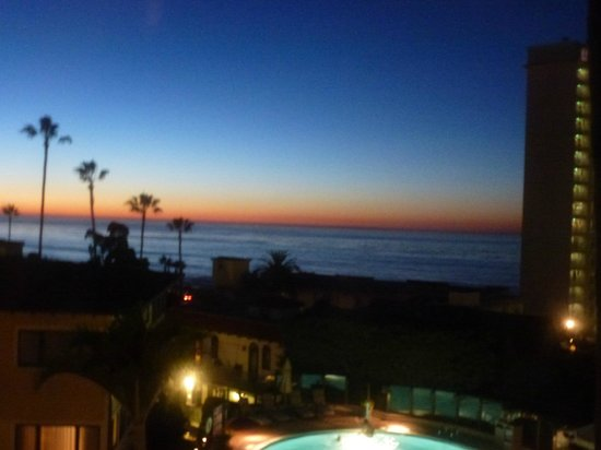 Grande Colonial La Jolla : view from room at sunset