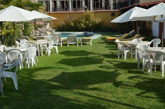 Hotel Oro Viejo: Pool area