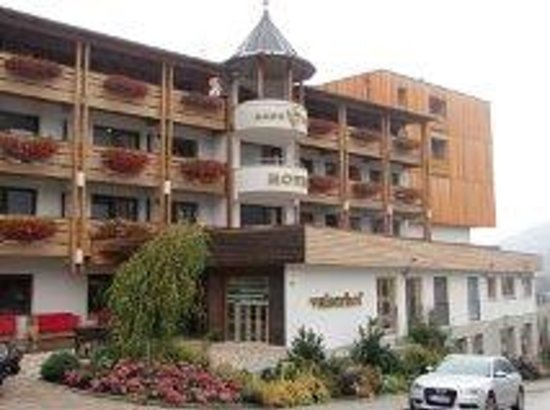 Hotel Valserhof: Valserhof front