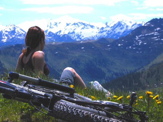 Mountain Edge Bike Rent: The view from Penglestein