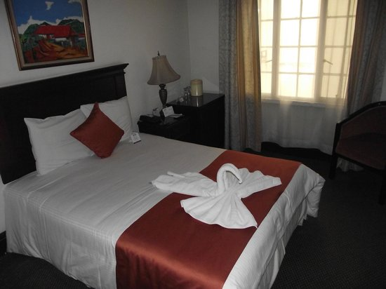 Gran Hotel Costa Rica: ONE BED ROOM