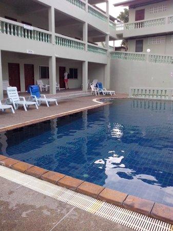 Royal Crown Hotel & Palm Spa Resort : Вид на наш номер 666