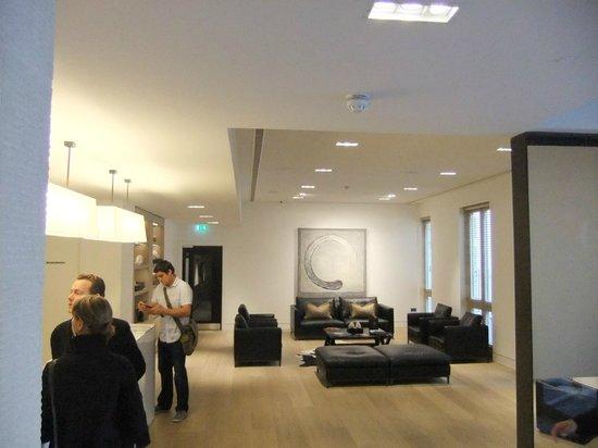 The Nadler Soho: Lobby area