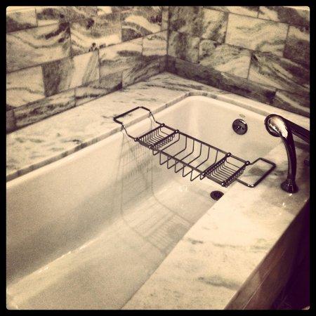 Stowe Mountain Lodge: Luxurous bathrooms