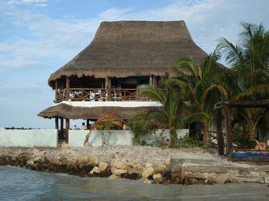 Las Nubes De Holbox: Restaurant palapa