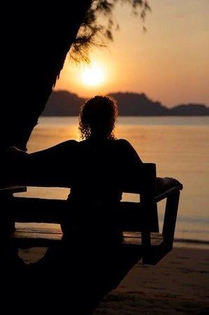 Little Sunshine Boutique Beach Resort & Spa: watching the Sunset